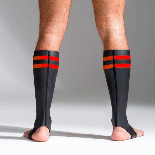Neoprene sokken met kleurcode rood achterkant